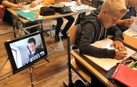 Unterrichtseinheiten live an's Krankenbett liefern (Skype)